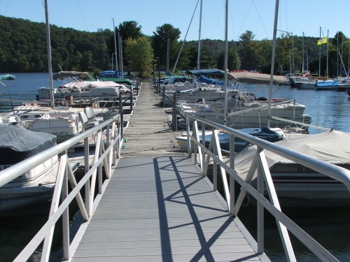 Boats-Dock Claytor Lake SP Marine Sep23 2012