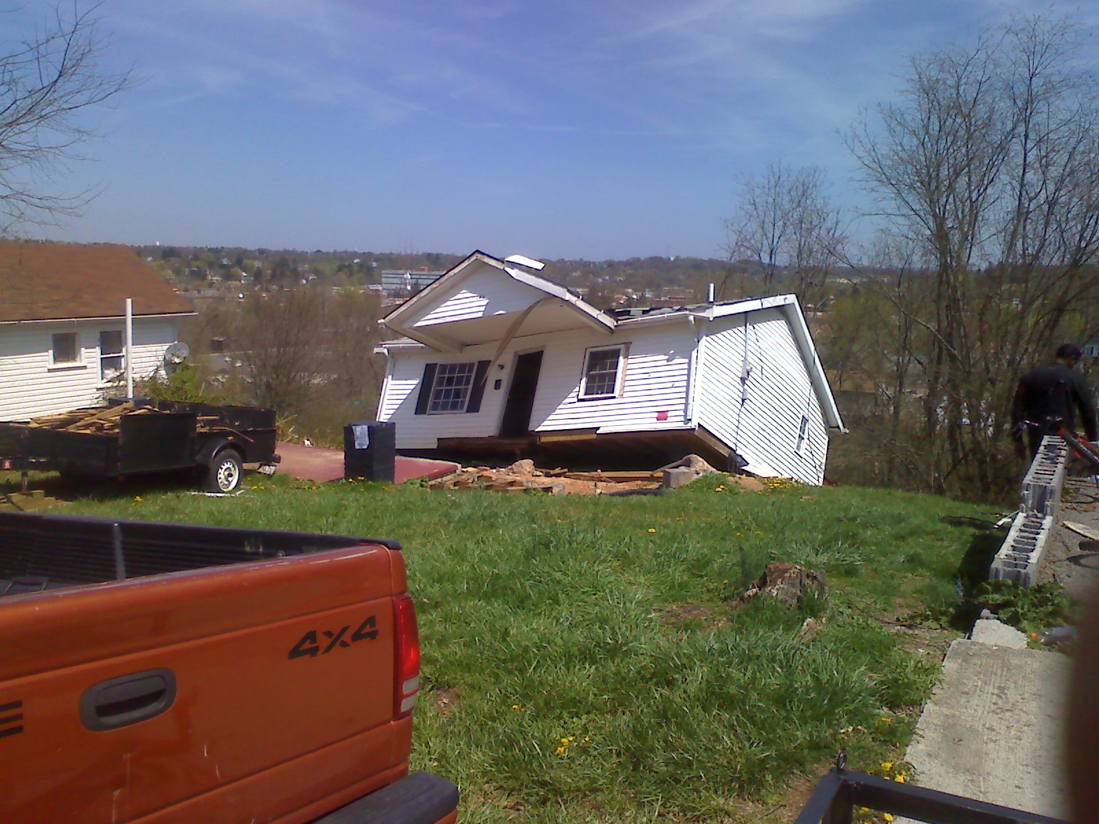 In Town of Pulaski Apr14 03 USED RADIO 3-11-14 Grouper 2-20-18